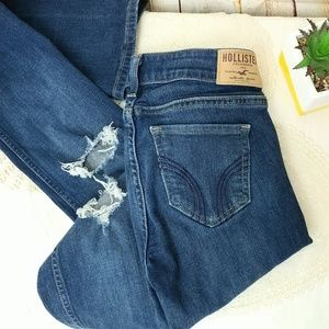 Hollister Distressed Boot Cut Blue Jeans 24/35